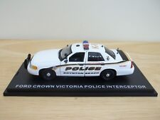 First Response Ford Crown Victoria Police   1/43