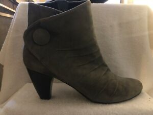 Women's Boots Size 12