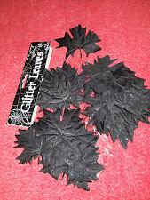 schwarze blätter aus stoff mit glitter ahornblätter tischdeko halloweendeko