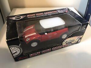 SAICO 1/24 CLASSIC RED/WHITE NEW MINI COOPER DIECAST MODEL CAR