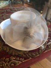 BETMAR NEW YORK WHITE HAT Feathers  Netting Bow Church Derby Dressy Style# J4386