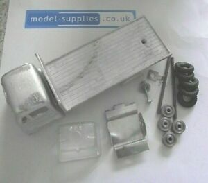 SLMC #61 - Guy Warrior 5 Ton flat bed Body with Tin base - white metal kit