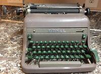 "Royal ""Grand"" Typewriter ""Pica"" HHP-5099874 Vintage 1953 Works, needs new ribbon"