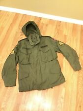 Vintage Military Army Green Field Jacket Coat Hood Size S/M Patches Sargent