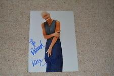 SKIN ( SKUNK ANANSIE) signed Autogramm 18x25 cm In Person rar!!