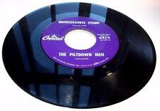 Piltdown Men Brontosaurus Stomp 1960 Capitol 4414 Surf Rock 45rpm Strong VG+