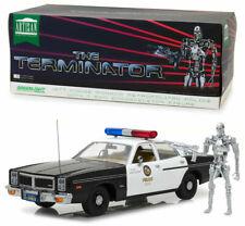 TERMINATOR 1977 DODGE MONACO METROPOLITAN POLICE 19042 1/18 AVEC FIGURINE T-800