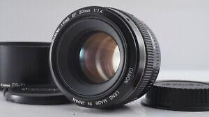 <MINT+> Canon EF 50mm f/1.4 USM Full Frame AF Lens EOS w/Hood ES-71 Japan 2959