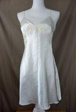 Victoria's Secret Women's Bridal Night Gown Sz M Ivory Beaded Sequin Lace