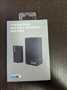 GoPro Fusion Dual Battery Charger + Spare Battery ASDBC-001 Black
