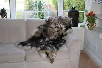 Vogar Cream Black Decoration Genuine Sheepskin Rug with Soft Thick Wool VG-SH03