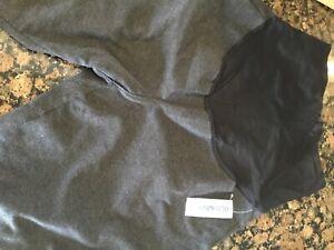 Old navy maternity leggings(Black, size Small)