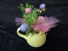Verona Yellow  Picture Vase With Easter Accessories 6 x 9