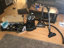 Ritello dual Power 2 vacuum cleaner with attachments