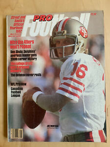 1982 Street and Smith Pro Football Yearbook, Joe Montana SF 49ers cover NM