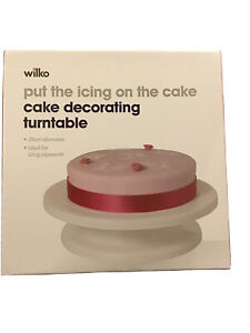 cake decorating turntable New In Box