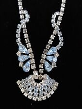 GORGEOUS VINTAGE LIGHT BLUE & CLEAR CRYSTAL RHINESTONE NECKLACE WITH PENDANT