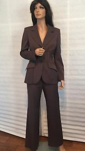 NWOT Authentic ESCADA Wool Taupe Brown Jacket Pants Suit sz 36