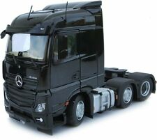 MARGE MODELS - 1908-02 MERCEDES-BENZ ACTROS STREAMSPACE 6X2 BLACK 1:32 SCALE