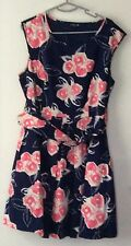 OCCASIONWEAR SIZE 18 FLORAL DRESS SLEEVELESS . KNEE LENGTH. BELTED. EXCEL