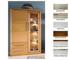 Moderne Vitrinen aus Massivholz fürs Esszimmer