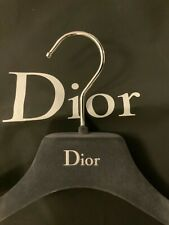 BNWOT DIOR BLACK GARMENT STORAGE PROTECTOR TRAVEL CARRYING BAG 107 CM AND HANGER