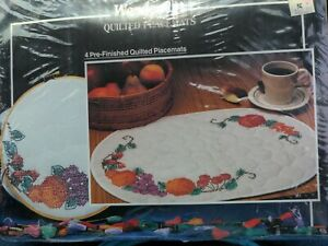 WonderArt Stamped Embroidery ROSE LATTICE Placemats Place Mats for 4