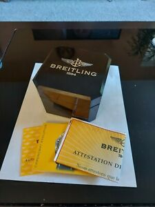 Breitling Bakelit box with papers