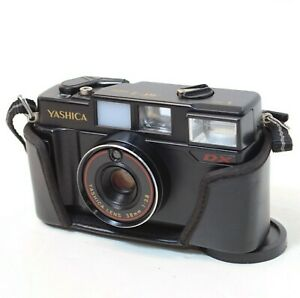 Yashica 35mm Rangefinder Film Camera MF-2 Super w/ Flash & Case, WORKING