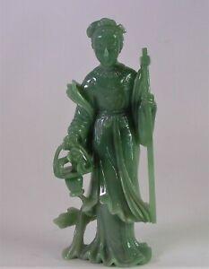 - 18cm grosse Jade Figur - Geisha