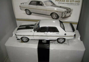 CLASSIC CARLECTABLES 1/18 FORD FALCON 1971 XY GT-HO PHASE III ULTRA WHITE #18716
