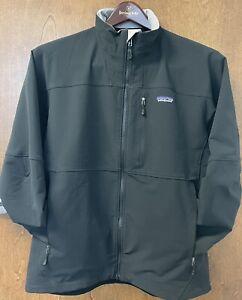 patagonia mens triolet jacket - size L - black