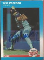 Minnesota Twins JEFF REARDON autographed 1987 Fleer