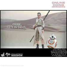 STAR WARS Rey and BB-8 Episode VII Sixth Scale Figure by Hot Toys