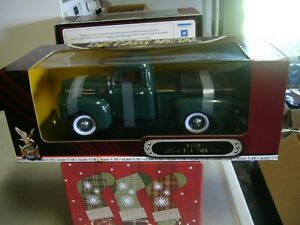 Road Signature 1948 Ford F-1 Pick Up Green 1:18 Scale Die Cast Yat Ming Unopened