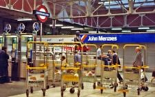 PHOTO  PADDINGTON RAILWAY STATION CONCOURSE 1991 VIEW SOUTHWARD ON THE LAWN WITH