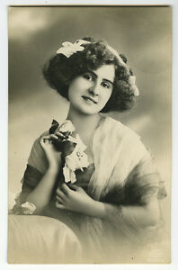 c 1912 Vintage European Dancing Gudrun Hildebrandt Dancer Dance photo postcard