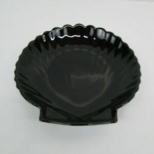 """Arcoroc France Sea Shell Clam Shaped Black Glass Small Plate 5 1/2"""""""