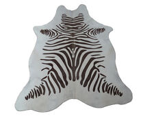 Kuhfell Rinderfell Stierfell Weiß- Helles Beige mit Zebra Druck