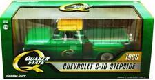 Greenlight 1:18 1965 Chevrolet C-10 Stepside Pickup Truck QUAKER STATE 12874