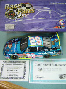 Kevin Harvick #9 LOONEY TUNES REMATCH 2002 Action RFO Color Chrome 1/24 SIGNED