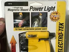 NEW Magnetically mounted light for use around the car^10' retractable cord/ 12 v