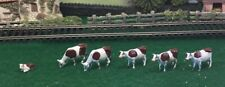BRITAINS. LILLIPUT WORLD OO/HO SCALE. IN BOX, 5 COWS AND 1 CALF. JTT (D)