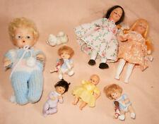 Mixed lot of vintage poupées en plastique: pièces manquantes et principalement des pièces ou réparation