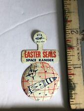 1950s Easter Seals SPACE RANGER! Litho TIN Fold Over Button MINT UN BENT Rockets