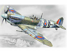 ICM 1:48 scale model kit - Spitfire Mk.IX, WWII British Fighter 	 ICM48061