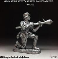 WWII German infantryman 1944-45 Tin toy soldier 54 mm, figurine, metal sculpture