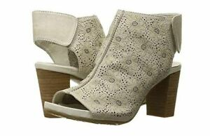 New In Box L'Artiste by Spring Step FAB-BGE Beige Leather Peep Toe Sandals