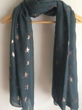 GREEN WITH GOLD STARRY SCARF/WRAP BNWT..