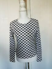 Forever 21 longsleeve pokadot spotted black white Top size L fits 10-12